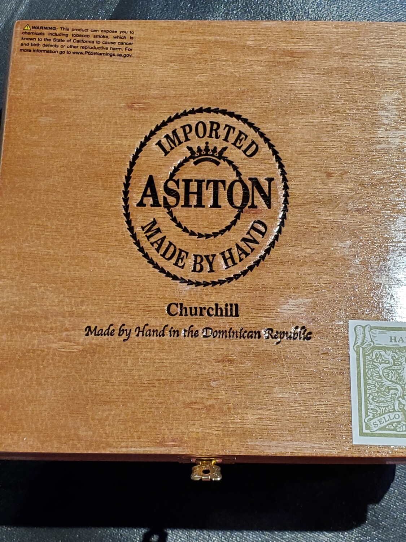 Ashton Classic Churchill - Box 25