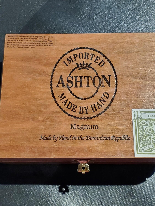 Ashton Classic Magnum - Box 25