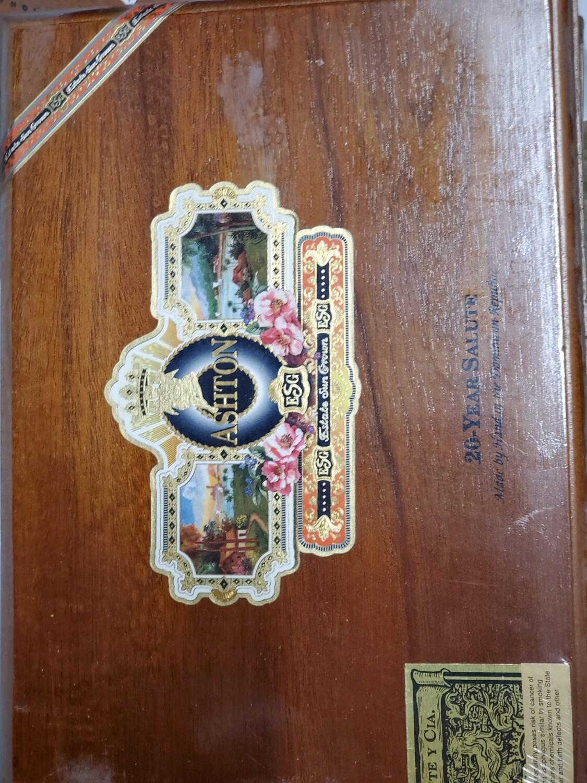 Ashton ESG 20 Yr Salute - Box 25