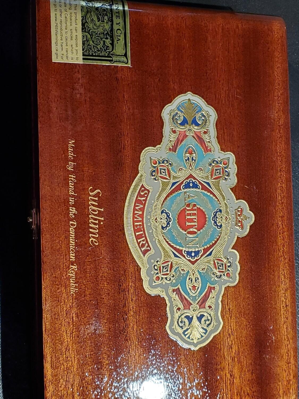 Ashton Symmetry Sublime - Box 25