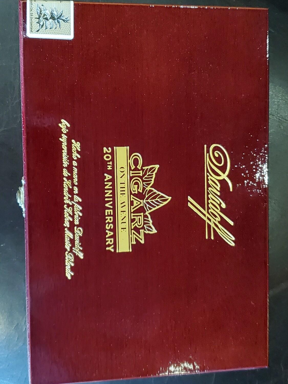 Davidoff Cigarz 20th Anniversary - Box 10