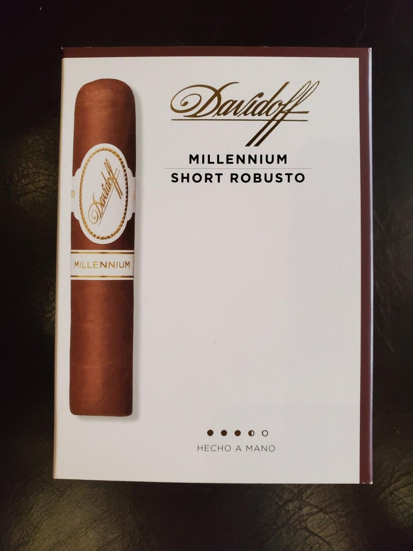 Davidoff Millennium Short Robusto - 4-pk