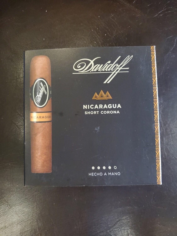 Davidoff Nicaragua Short Corona - 5-pk