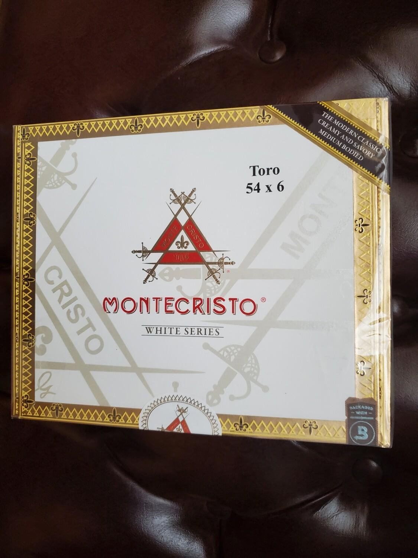 Montecristo White Toro - Box 27