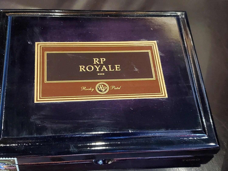 Rocky Patel Royale Robusto - Box 25