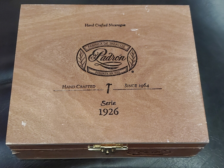 Padron 1926 No48 Mad Box 10