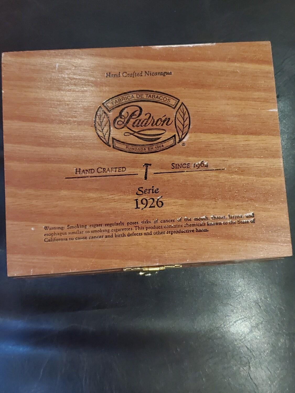 Padron 1926 No9 Mad Box 10