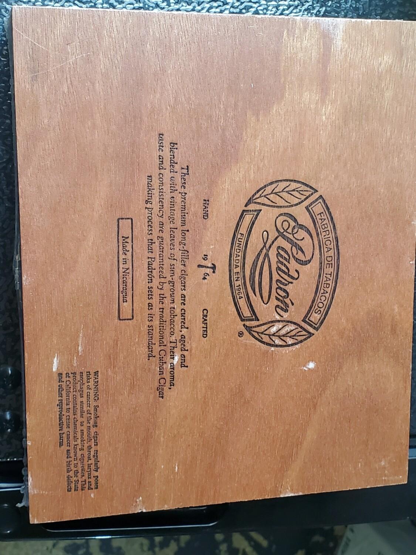 Padron 1964 Excl Nat Box 25