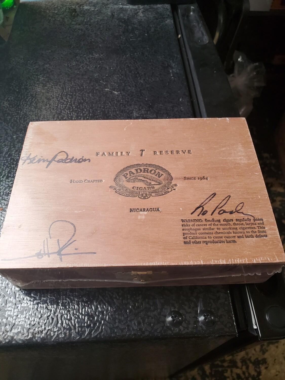 Padron FR No44 Natural Box 10