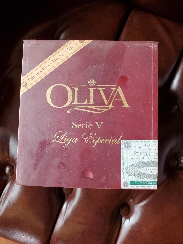 Oliva Serie V Torpedo - Box 24