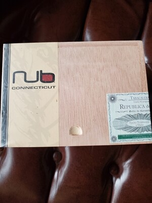 Oliva Nub Connecticut 464T - Box 24