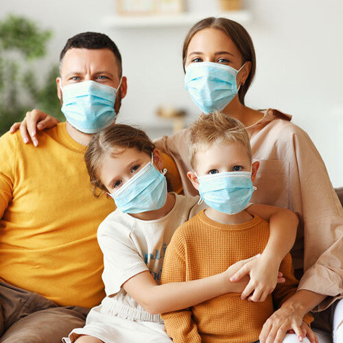 Masken Reiseset (2 Erwachsene mit Kindern)