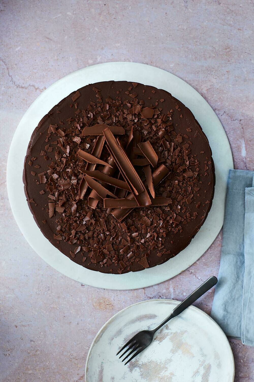 Whole Handmade Chocolate Cake (N)