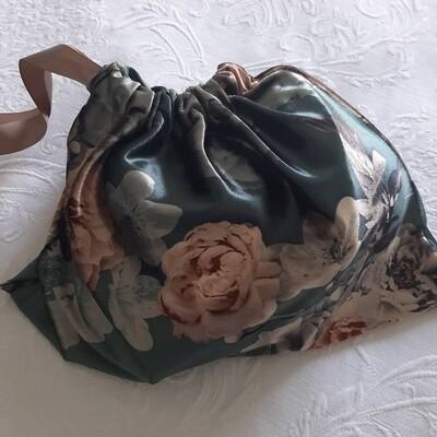 Velvet Lingerie Travel bag