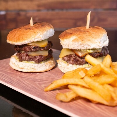 Double Pattie Gouda Sliders