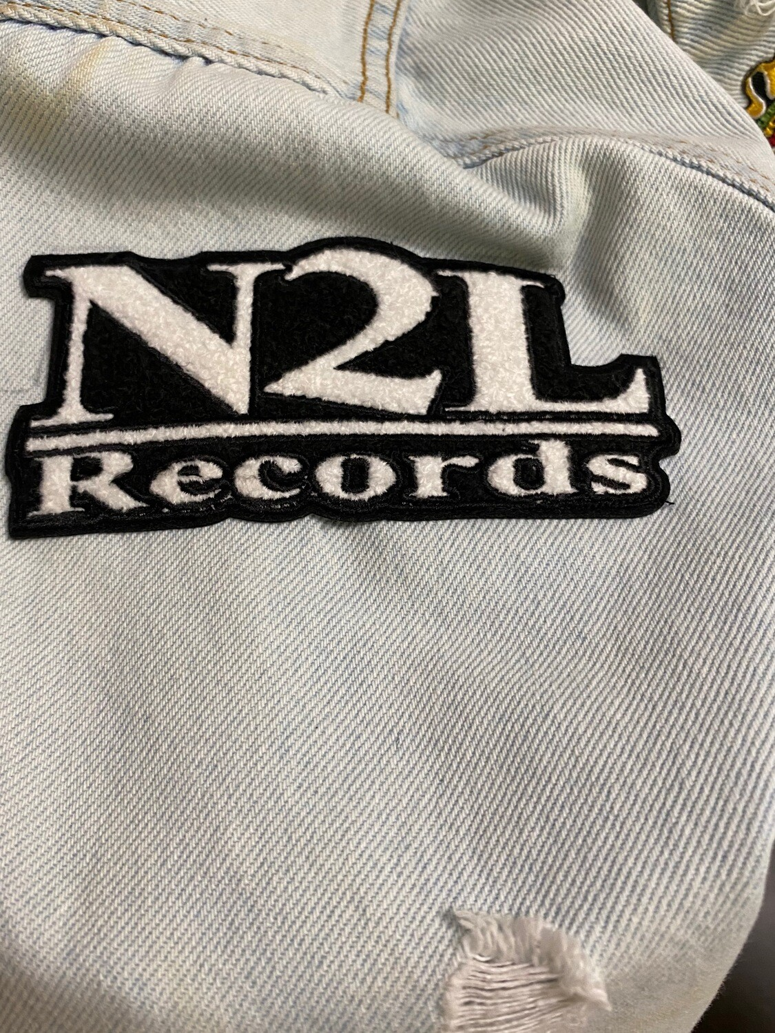N2L CHENILLE LOGO PATCHES (IRON ON)