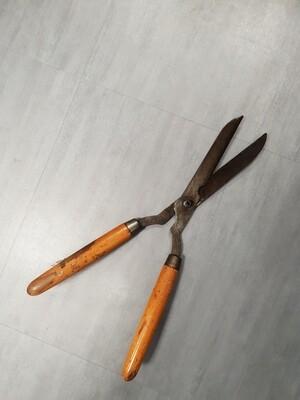 Sharpening service