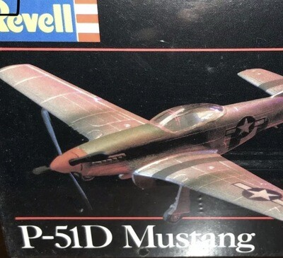 Revell Model Kit P-51D Aircraft Fighter Plane World II Vintage Made In 1982 Scale 1/144
