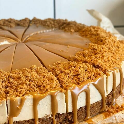 4 Slices Lotus Biscoff Cheesecake