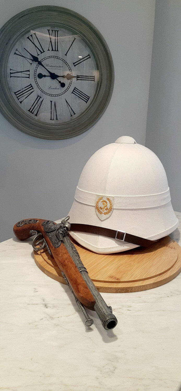 Unknown [?] Pith Helmet