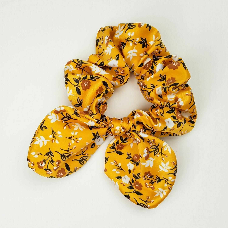 Georgia Belle Scrunchie - Satin - yellow floral