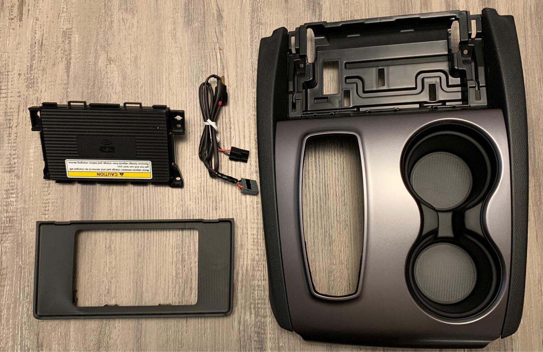 Honda Wireless Phone Charger Kit for Ridgeline Passport Pilot Honda OEM