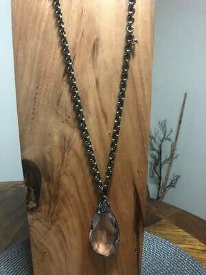Minimalist Crystal Pendant Necklace