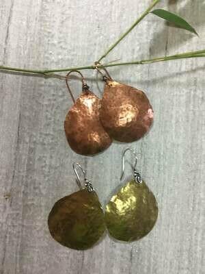 Hammered  Rustic Copper  Teardrops earrings.