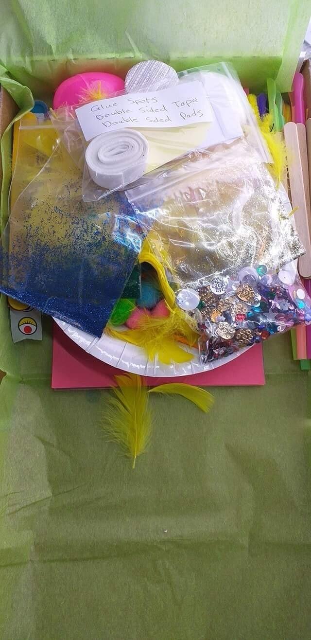 Children's general craft pack.