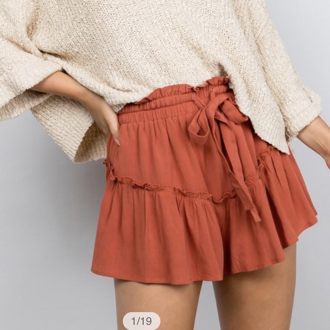 Ruffled Shorts - IM4614