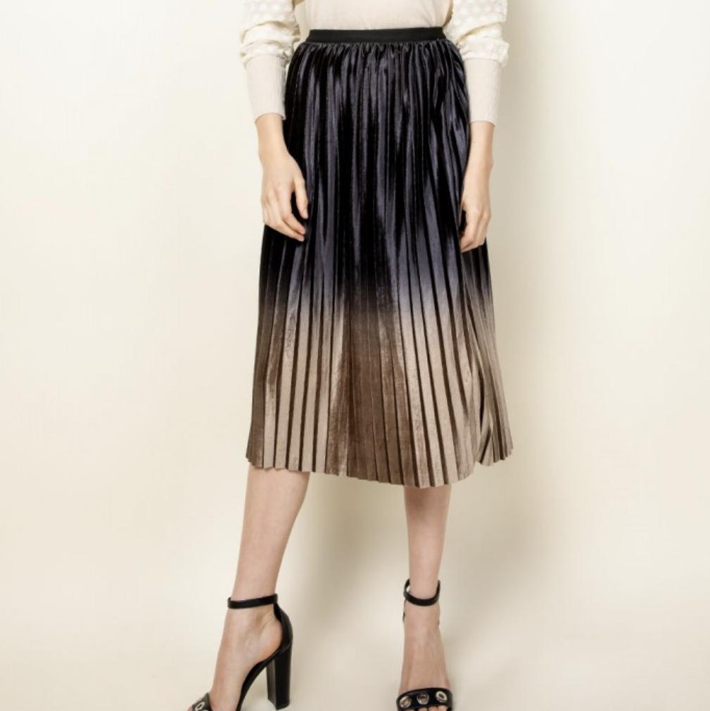 *Black Velvet pleaded skirt-JH1184