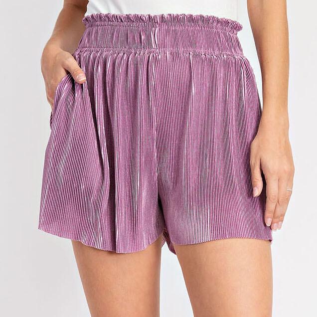 *Pleated Shorts with Raw Hem - GP2332