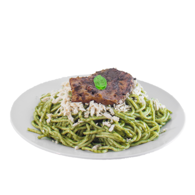 Spaghetti al pesto, queso vegan y seitán