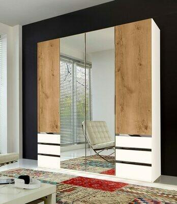 Plank Oak Coloured - 6.5ft x 7.5ft