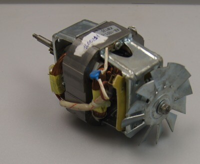 MOTOR Двигатель RY8825M24 AC220-240V/50HZ 700W CLASS 155