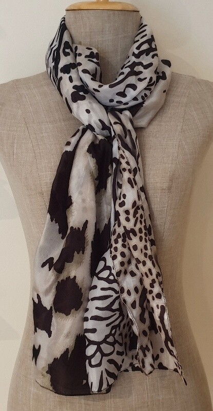 Silk Scarves - Animal touch of Olive