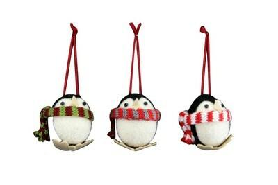 Gisela Graham Penguins (3) with Scarf Wool Mix Hanging Christmas