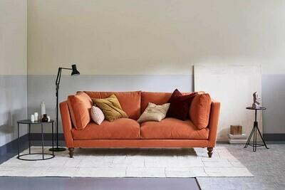 Angelina Chesterfild Sofa
