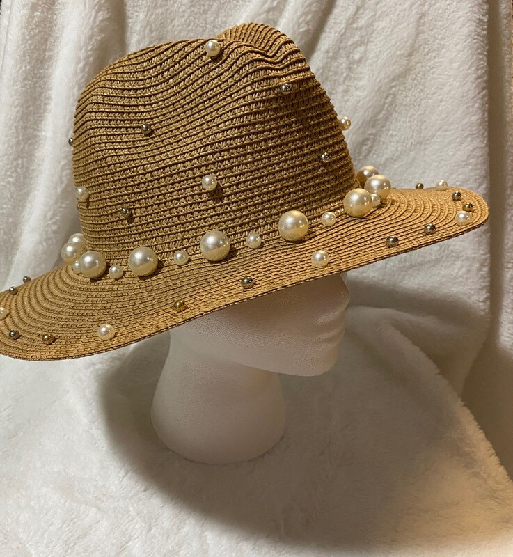Natural Pearls Hat