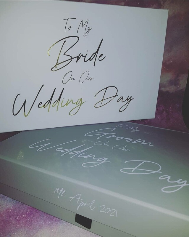 Bride/Groom Gift Box