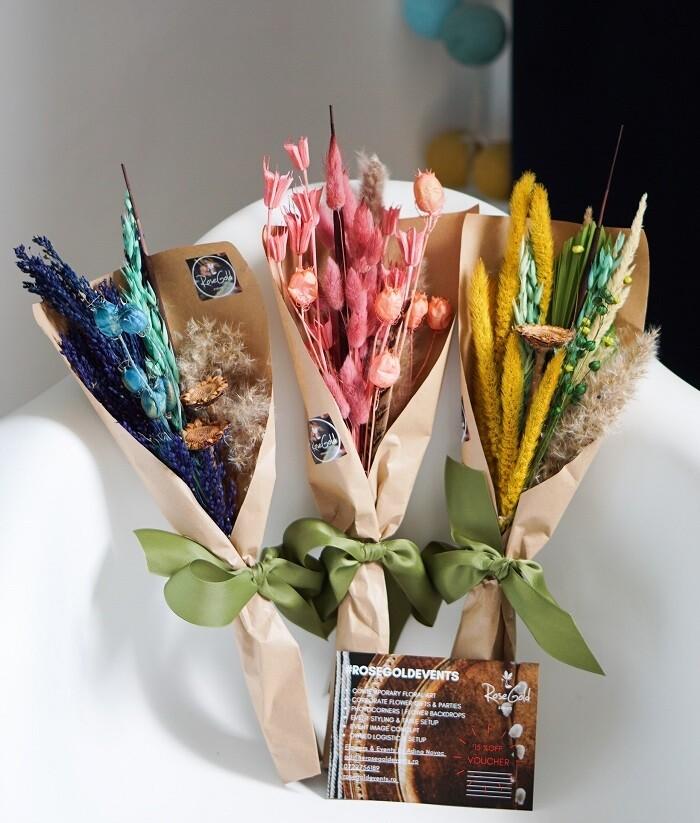 Mini Buchetele cu flori naturale stabilizate