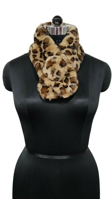 fur neck collar printed