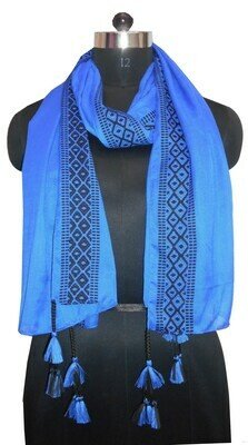 plain color large scarf with a jacquard border