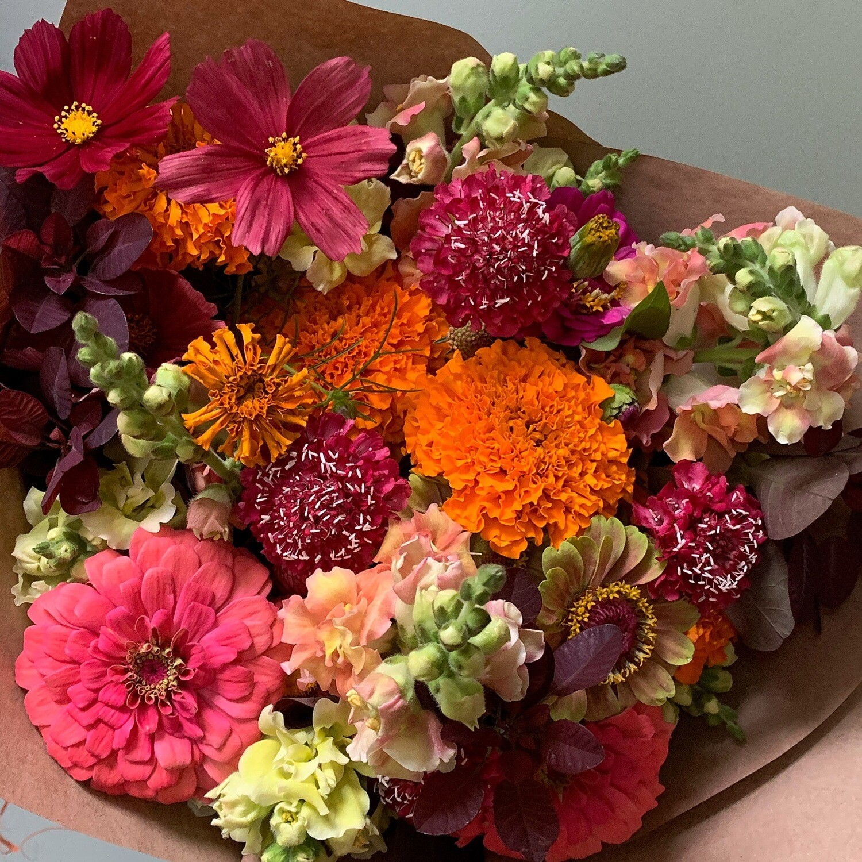 Bold & Bougie Bouquet