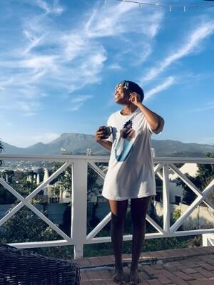 Nkanyezi Scooped T-shirt