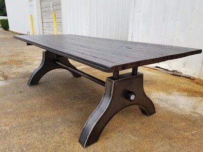 Single Threaded Industiral Machine Base Dining Table