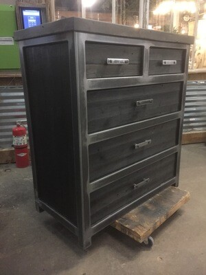 5 Drawer Industrial Dresser