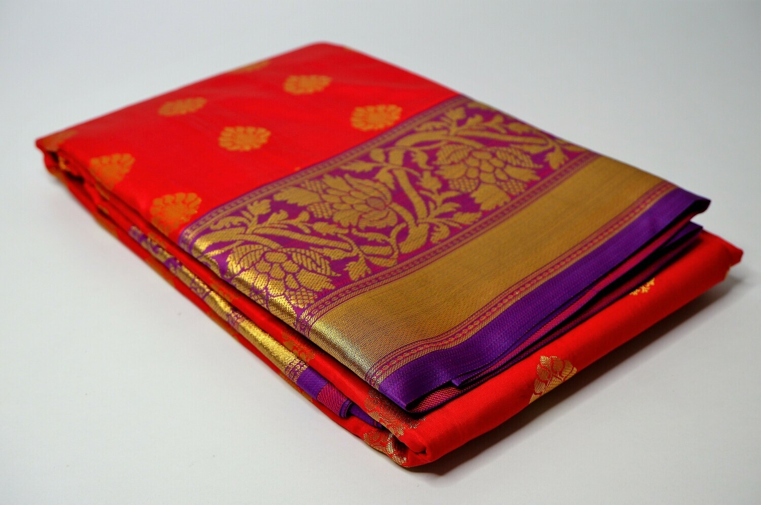 bangalore silk persian red contrast anchal