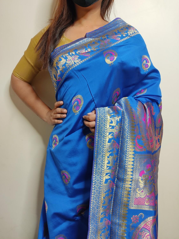 Baluchari Biswnupuri silk in Blue by Sundori