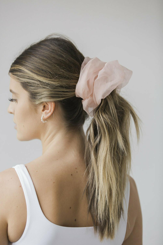 Oversized Scrunchie Pink